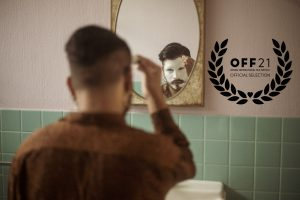 De Reinas y Otros Colores (2021) documental dirigido por Juan H. Zuluaga