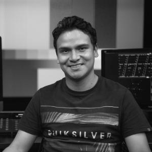 Diego Yhamá Colorista cinematográfico colombia - Escuela de Cine y Artes Visuales UFM Guatemala